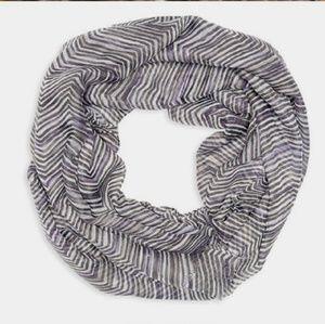 ThirtyOne Zig Zag Zoom stripes Avenue scarf NEW